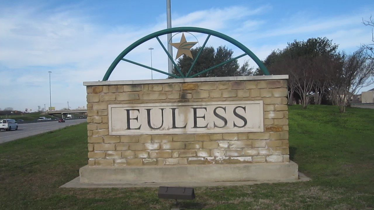 Euless City Sign